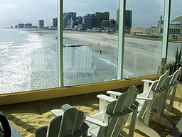 256px-the_beach_at_the_pier_shops_at_caesars_-_chair_view